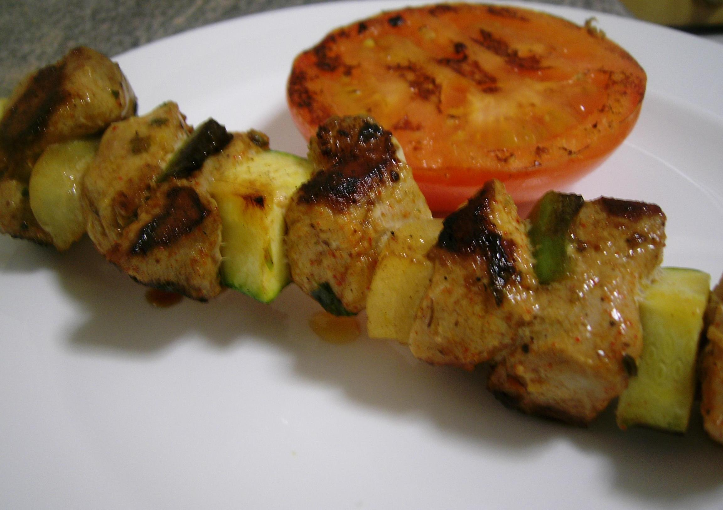 Pin brochetas de carne res on pinterest - Carne de cerdo con verduras ...